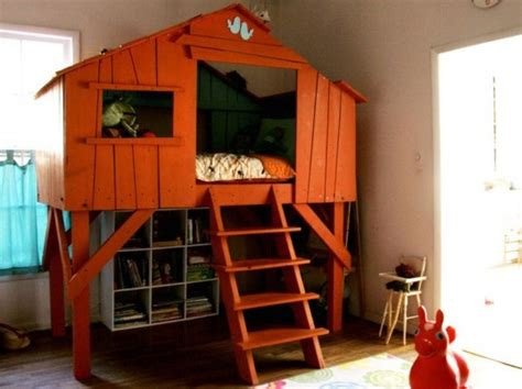 tree house bedroom bold diy treehouse bed takes dreaming to new heights