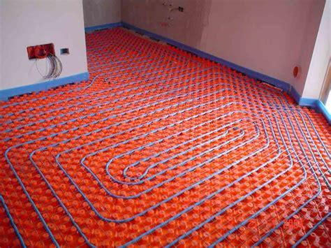 pompa di calore per riscaldamento a pavimento riscaldamento a pavimento e pompe di calore solai ultra