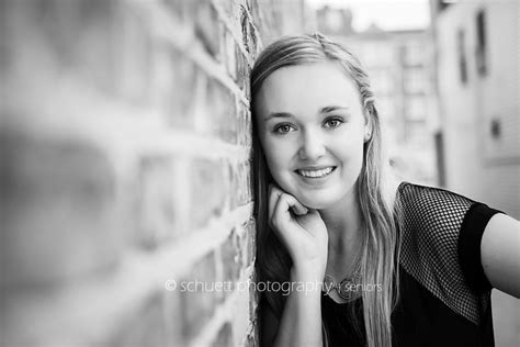 Simple Search Milwaukee Wisconsin Megan Franklin Milwaukee Wi Senior Photographer 187 Schuett Photography Booking