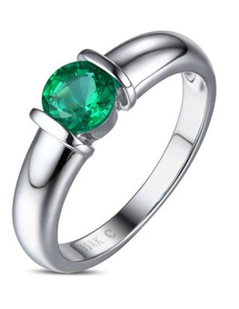1 carat emerald gemstone solitaire engagement ring