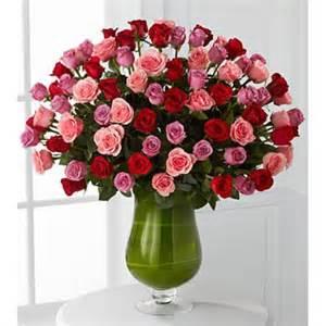 Pedestal Glass Vase Order Heartfelt Luxury Rose Bouquet 72 Stems Of 60 Cm