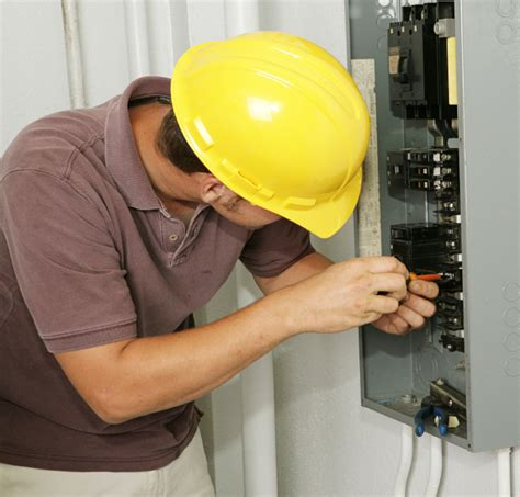 electrical contractors the importance of turning to an electrical contractor