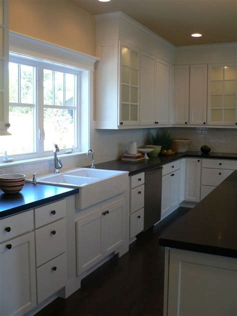 Cape Cod Kitchen Design Pictures Remodel Decor And Cape Cod House Kitchen Plans
