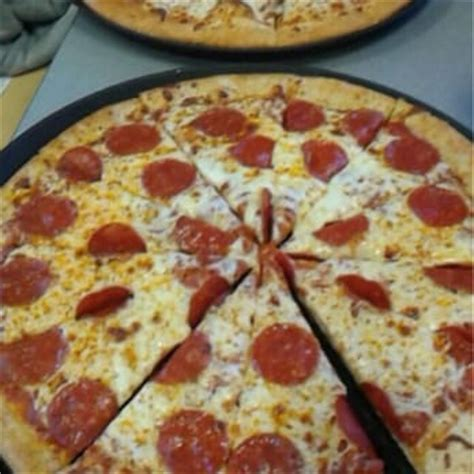 Table Pizza Newark Ca by Chuck E Cheese S 74 Photos 108 Reviews Pizza