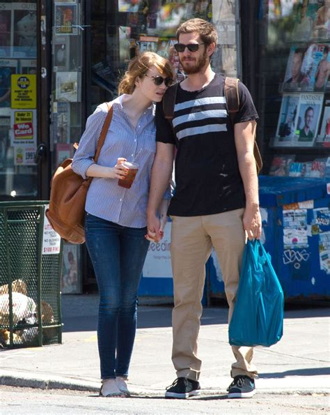 emma stone và andrew garfield emma stone and andrew garfield out and about in new york