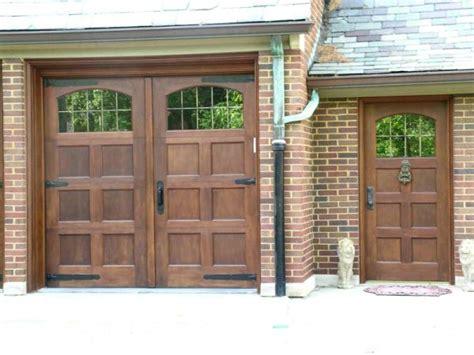 Garage Door With Door Wood Garage Door Plans Pdf Woodworking