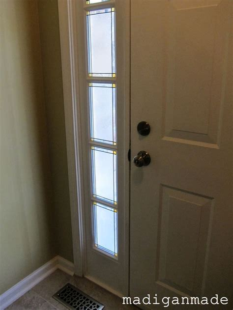 Front Door Privacy 17 Best Images About Front Door Ideas On Privacy Window White Paint Pen And Knobs
