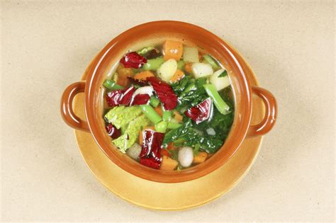 come si cucina la catalogna ricetta minestra di patate con cicoria catalogna non