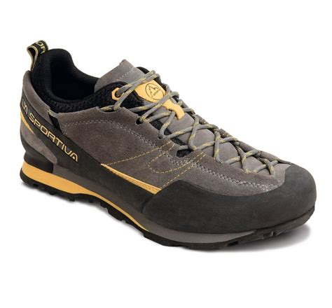 climbing approach shoes la sportiva boulder x review outdoorgearlab