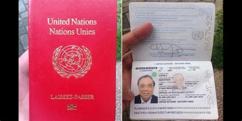 Dompet Paspor Fossil Passport Mata unique 14 paspor paling nggak guna yang masih eksis di