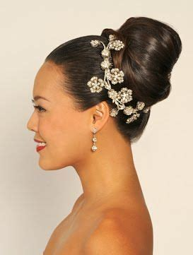 American Wedding Hairstyles And Hairdos by 17 Best Ideas About Classic Updo Hairstyles On