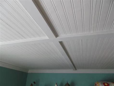 Wainscoting Ceiling Ideas Living A Cottage Beadboard Ceiling