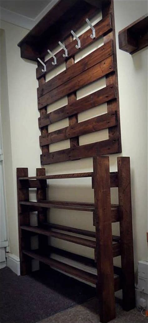 hallway shoe and coat storage upcycled pallet hallway coat rack and shoes rack home