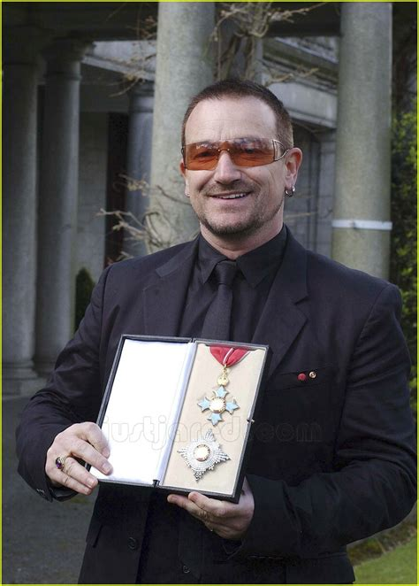 Bono Was Knighted sized photo of bono knighthood 09 photo 78161