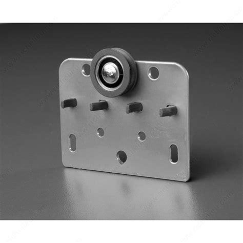 Bypass Door Lock by Ca 4585 Closet Kit For Top Hung Bypass Doors Richelieu