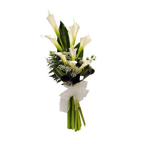 fiori calle bianche bouquet di calle bianche l artefiori fiori on line roma