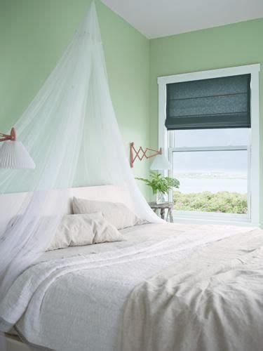 benjamin moore soothing green crafts the top and benjamin moore on pinterest