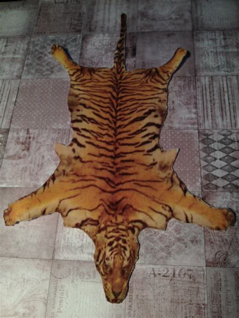 tiger rug tiger skin rug www imgkid the image kid has it