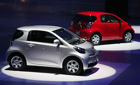 smallest cars toyota launch new compact car quot iq quot 6 of 13 zimbio
