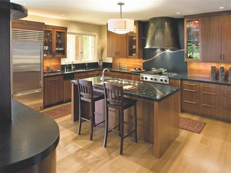 pine kitchen cabinets pictures options tips ideas hgtv pine kitchen cabinets pictures options tips ideas hgtv