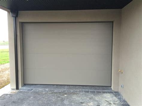 chantier alu ral 7039 mat avec porte de garage