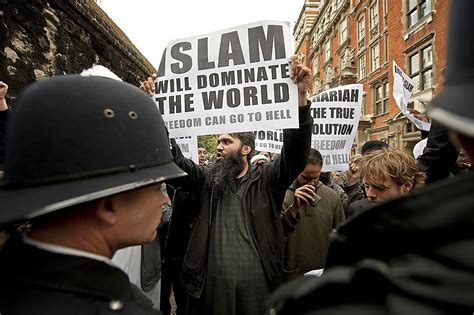 the danger of political islam to canada with a warning to america books robin tilbrook is there an effective remedy to the danger