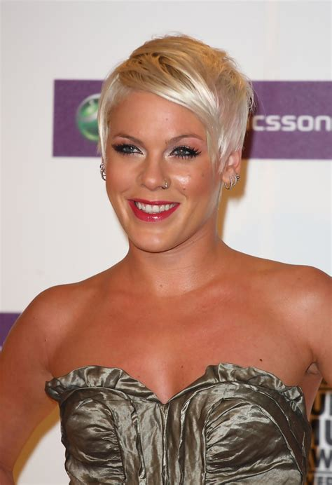 singer pink short hair pink pixie pink short hairstyles looks stylebistro