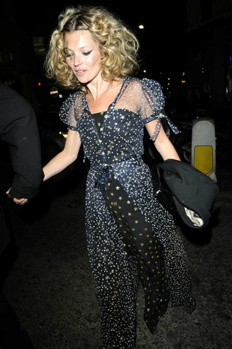 Starry Starry Kate Moss Celebrates Turning 34 by Kate Moss Best Looks Maven46