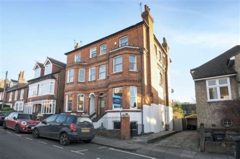 flats to rent in st albans 1 bedroom worley road st albans 3 bedroom maisonette to rent al3