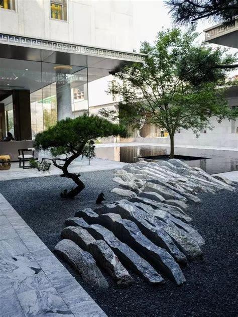 best 20 rock design ideas on painted garden