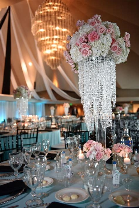 wedding centerpieces chandelier 25 best chandelier centerpiece ideas on floral wedding decorations