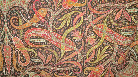 Pashmina Motif Flowers 1 no 165 moon shawl circa 1860 black ground frank ames