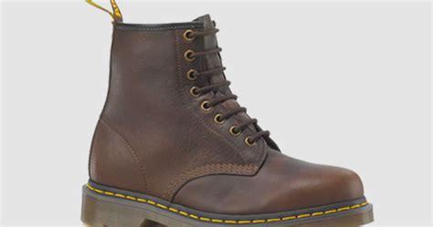 Koleksi Sepatu Dr Martens sepatu dr martens docmart kode spt02 hscellshop