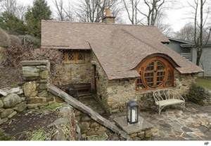 hobbit homes for sale hobbit houses dwellings right at home in tolkien s middle