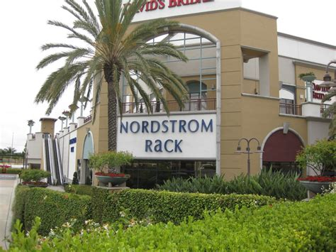 Nordstrom Rack Metro Pointe by