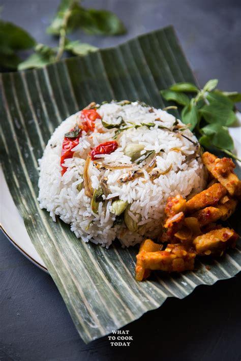 nasi liwet sunda indonesian aromatic spiced coconut rice