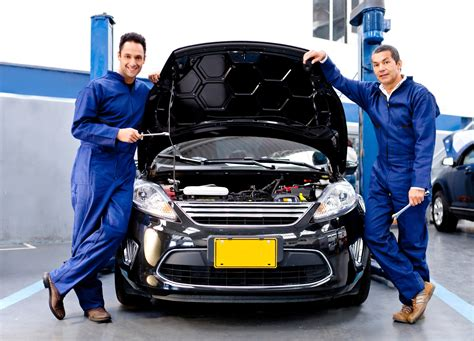 Mechanic Auto Repair by 7 Reasons To Get Car Repair Before The Holidays