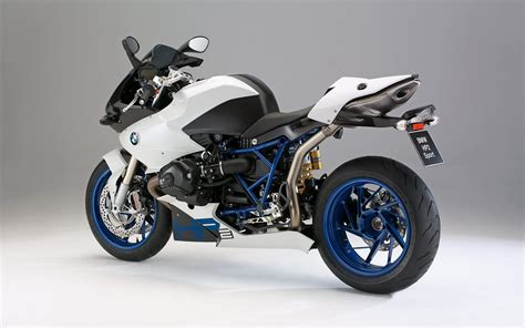 bmw sport bike 1680x1050 bmw hp2 sport bike desktop pc and mac wallpaper