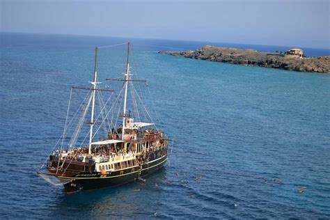 pirate boat pirate boat paron travel