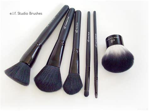 E L F Studio Angled Blush Brush angled blush brush makeupalley mugeek vidalondon