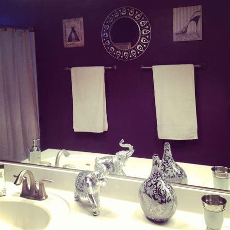 Purple Bathroom Ideas by Best 25 Purple Bathrooms Ideas On Purple