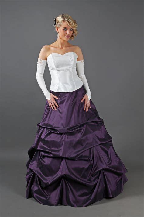 Brautkleider Weiß Lila by Drapiertes Brautkleid Lila Creme Ivory Kleiderfreuden