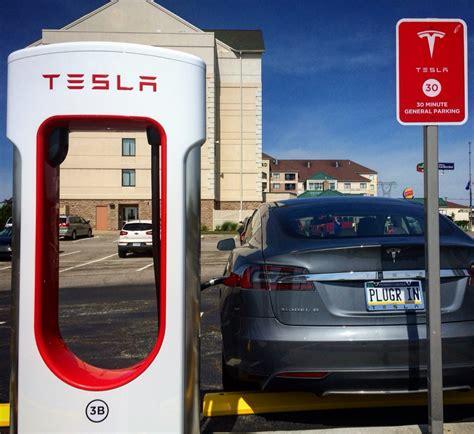 Tesla Restaurant Tesla Partners With Ruby Tuesday Restaurants On