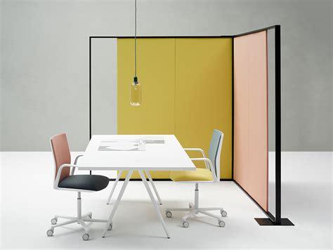 Stories: Parentesit Freestanding and Wall Panel   Arper