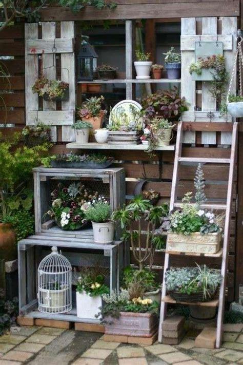 giardino shabby pi 249 di 25 fantastiche idee su arredamento piante da