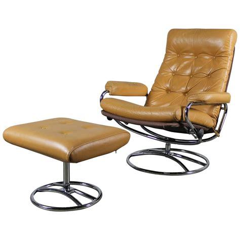 scandinavian chair and ottoman scandinavian modern ekornes style stressless reclining