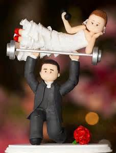 weight lifting cake topper these 14 epic wedding cake toppers you will