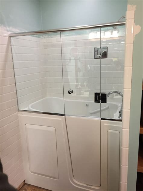 handicap bathtub shower combo walk in bathtub shower visionexchange co