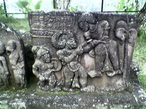 Batu Gambar Kunti noenk cahaya candi candi yang tersebar di indonesia 2