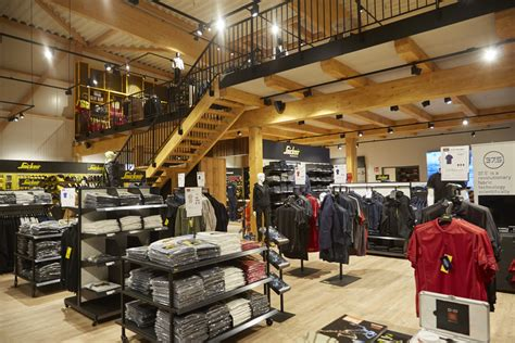 Snickers Workwear Kaltenkirchen by Rundgang Snickers Concept Store